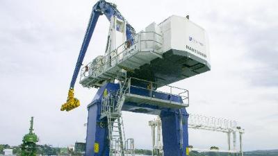起重机械除锈更方便,青岛恩泽化工铁锈转化剂一定要知道!